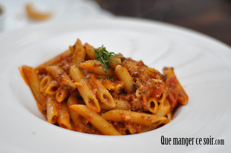 recette de penne sauce tomate que manger ce soir. Black Bedroom Furniture Sets. Home Design Ideas